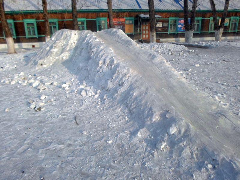 Ледяная горка своими силами