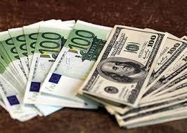 Курс евро достиг уровня в 53 рубля
