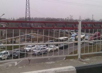 Закрытие внедорожного сезона привело к автомобильной пробке на выезде из Благовещенска